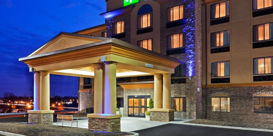 Holiday Inn Express & Suites Airport North $89.00